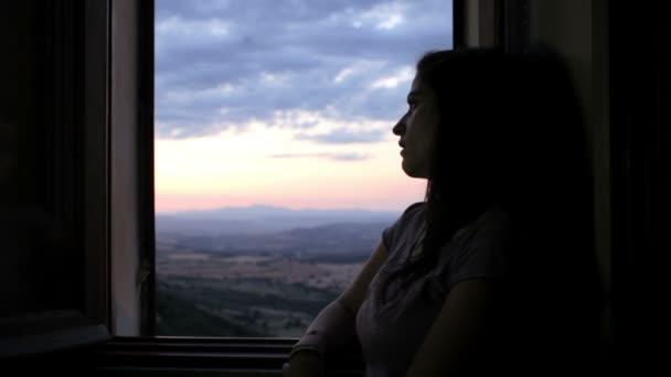 sad-pensive-woman
